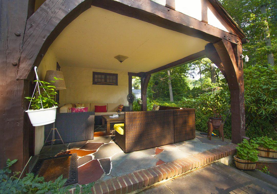 24 – 30 Delwick Lane – Back Porch