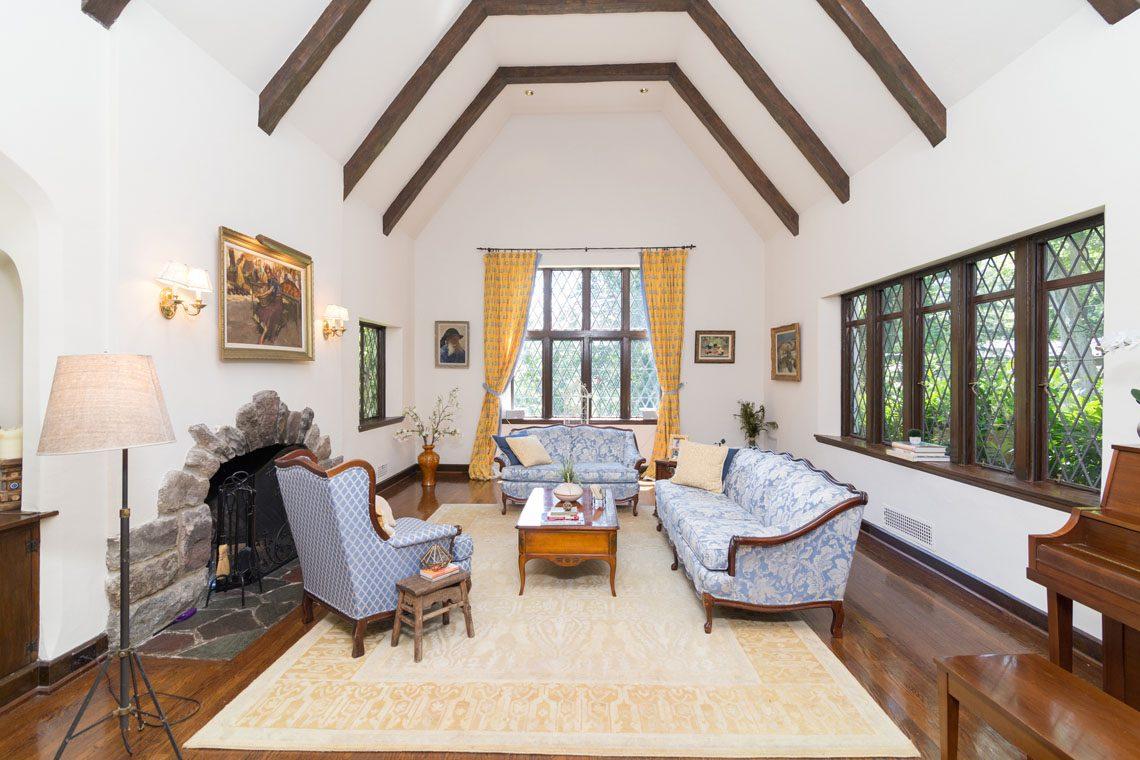 5 – 30 Delwick Lane – Great Room
