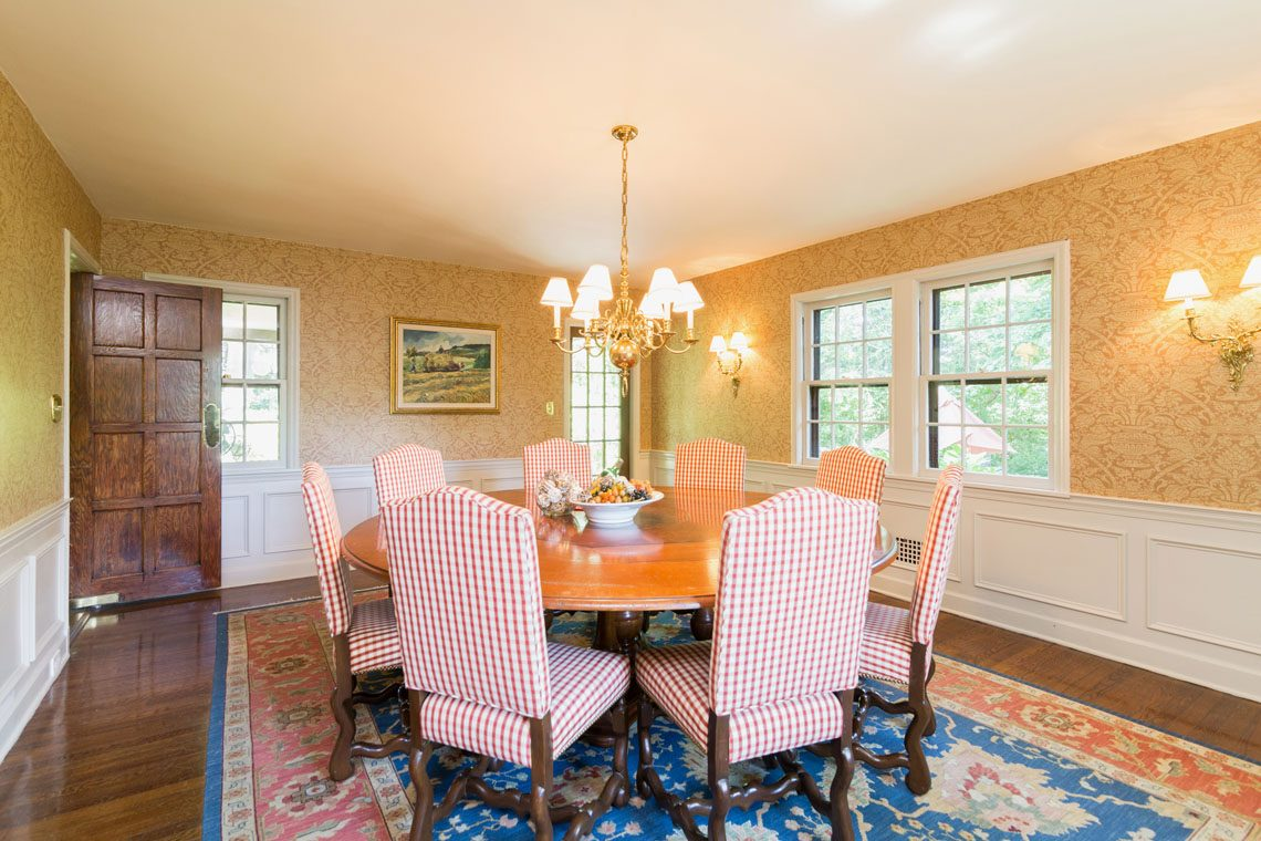 9 – 30 Delwick Lane – Dining Room