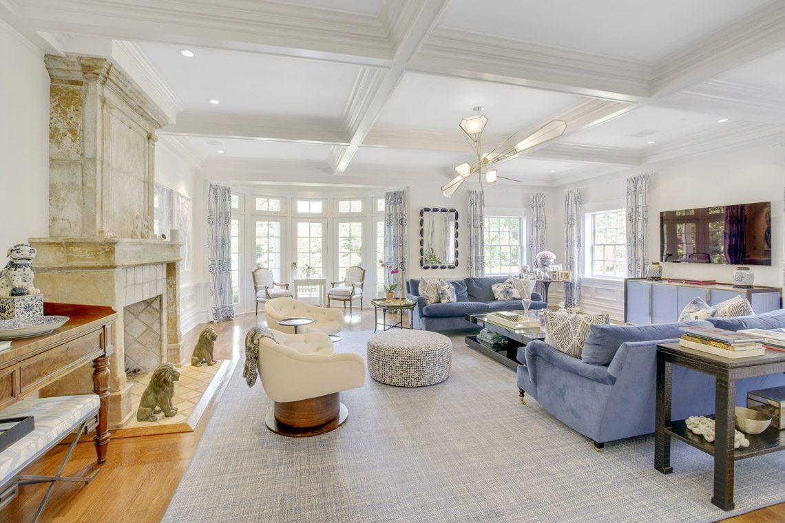 14 – 2 Jefferson Avenue – Family Room