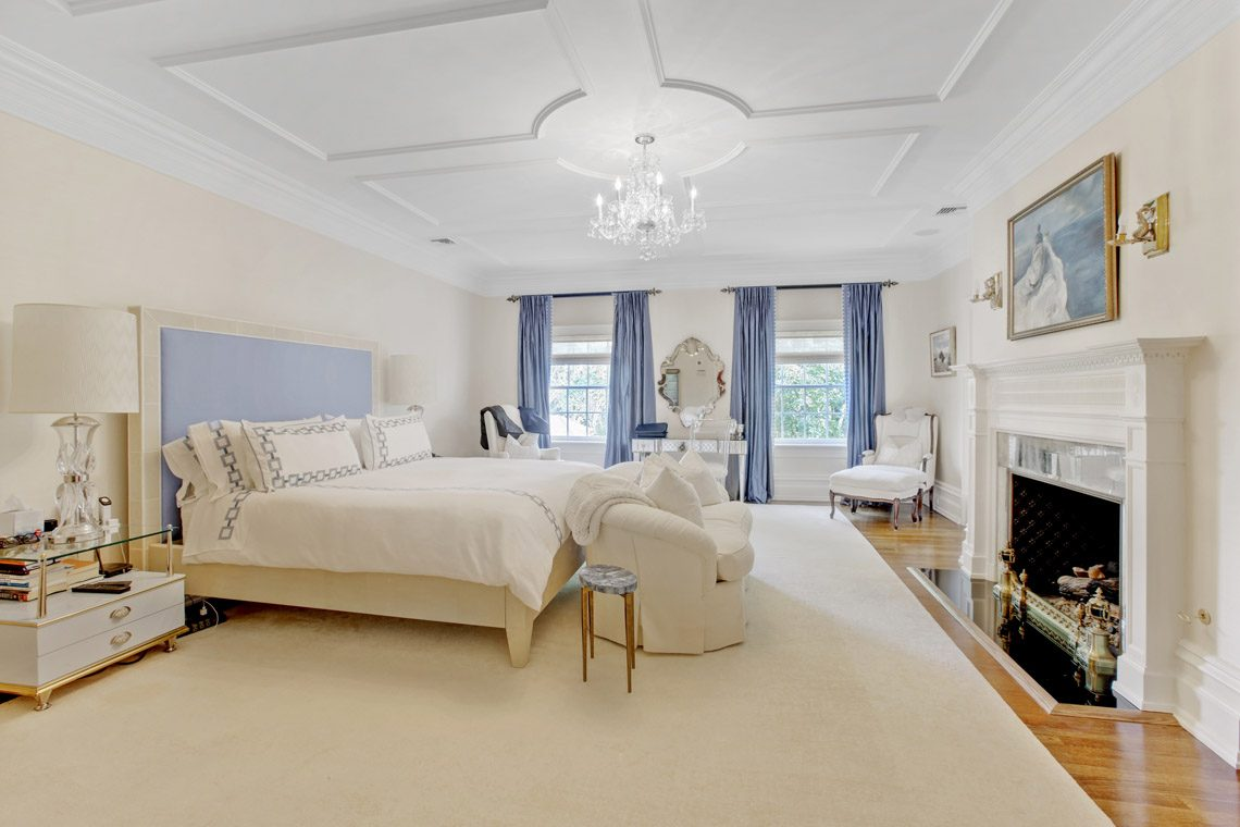 17 – 2 Jefferson Avenue – Master Bedroom