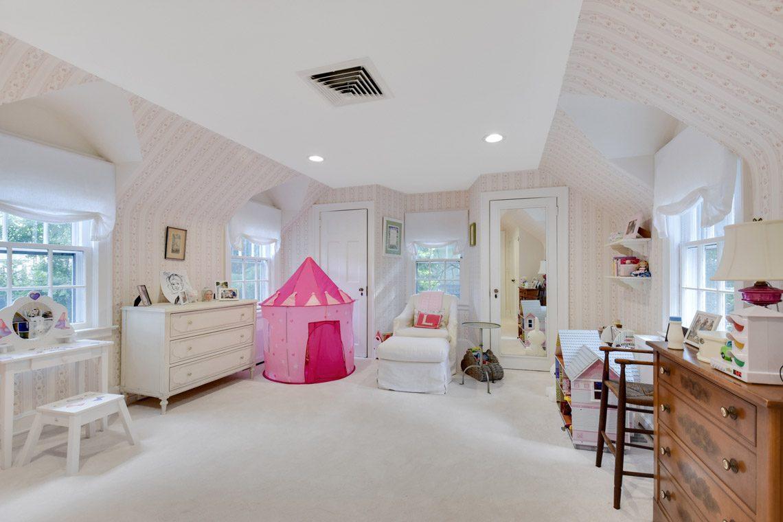 18 – 17 Farley Road – Bedroom 4