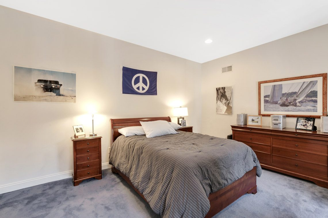 19 – 130 Fairfield Drive – Bedroom
