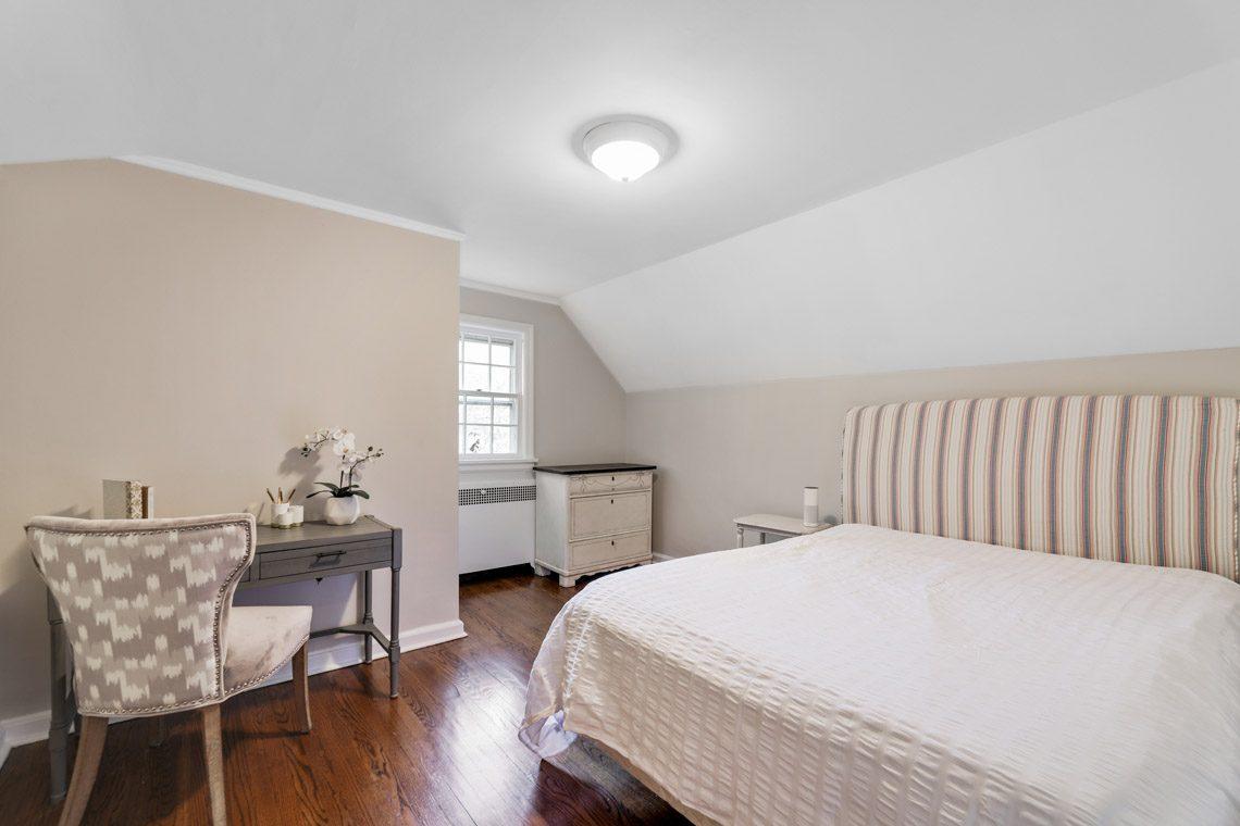 19 – 15 Park Circle – Bedroom 3