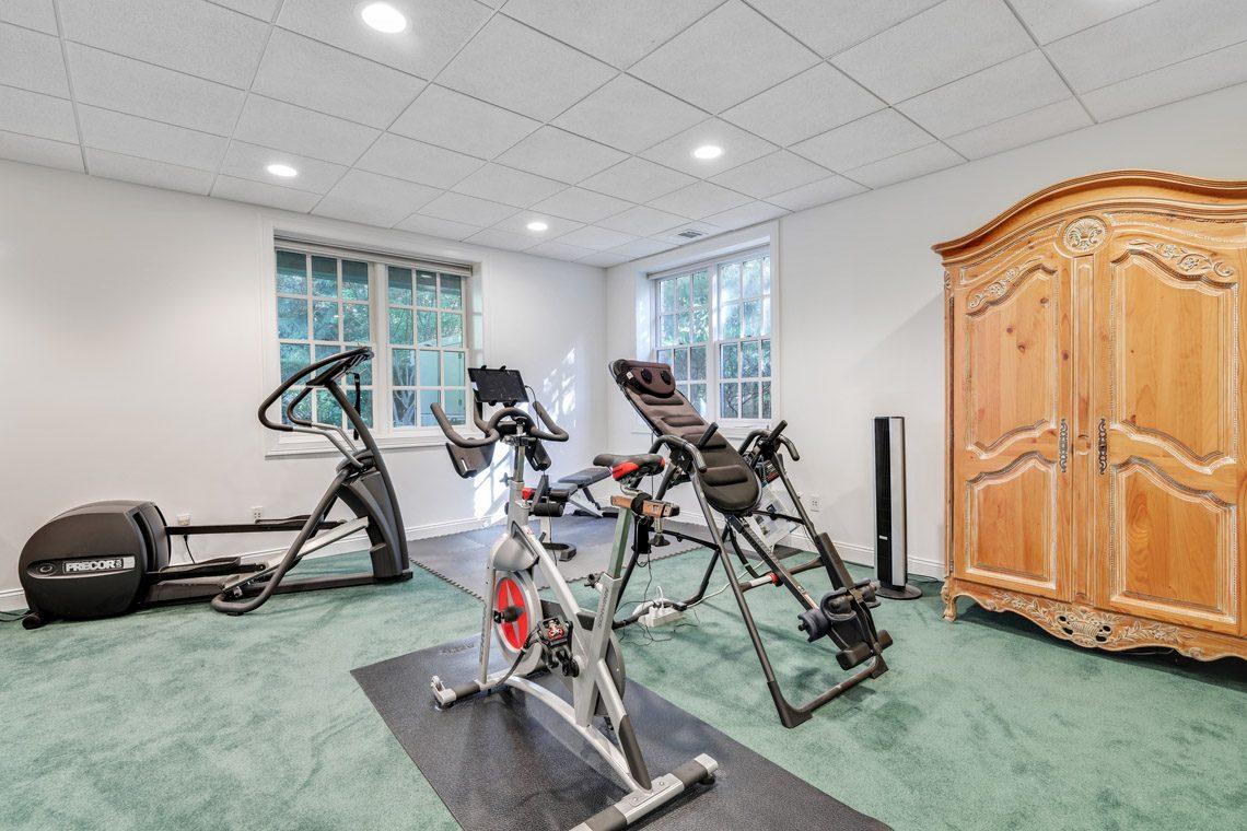 22 – 130 Fairfield Drive – Walkout Recreation Room