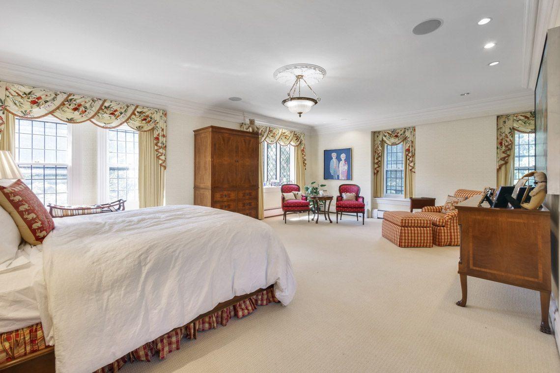 13 – 131 Rensselaer Road – Master Bedroom