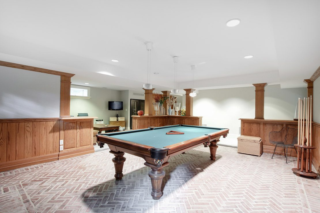 20 – 40 Minnisink Road – Billiard Room
