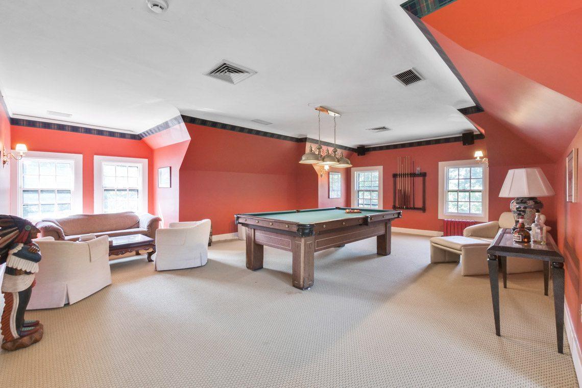 23 – 131 Rensselaer Road – Billiard Room