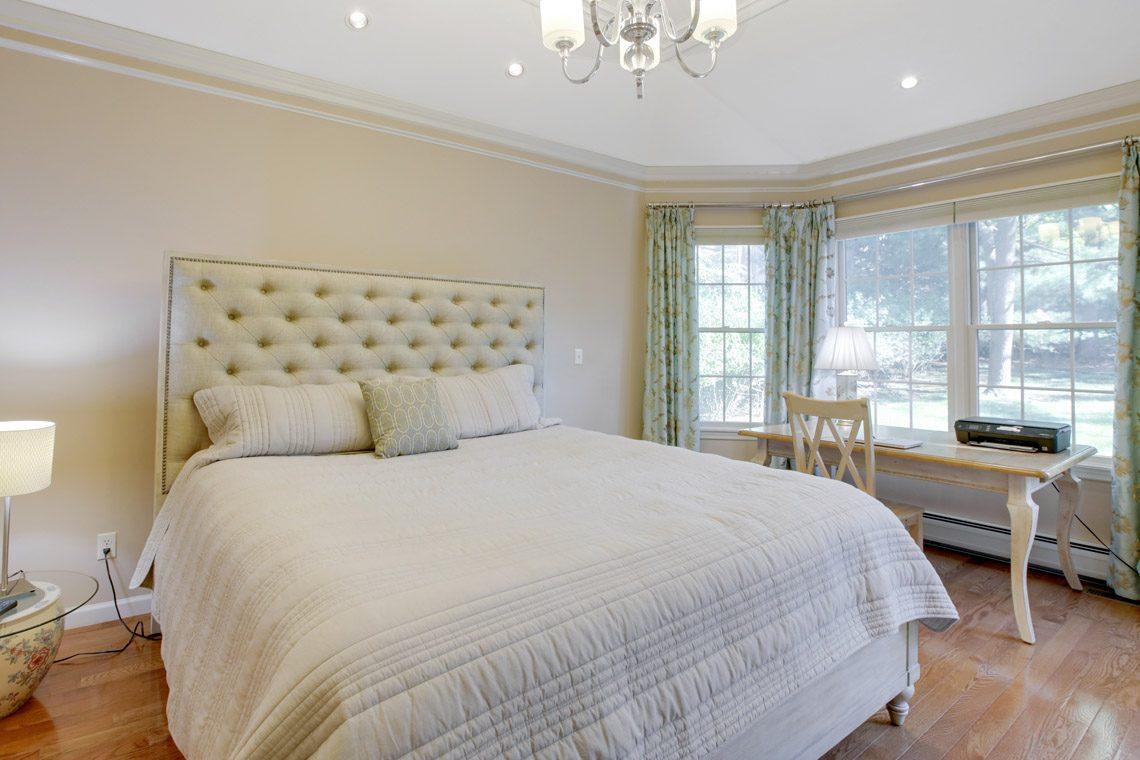 13 – 423 Hartshorn Drive – Master Bedroom