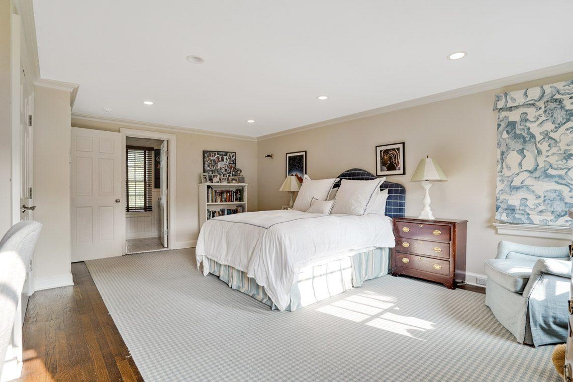 16 – 164 Highland Avenue – Bedroom