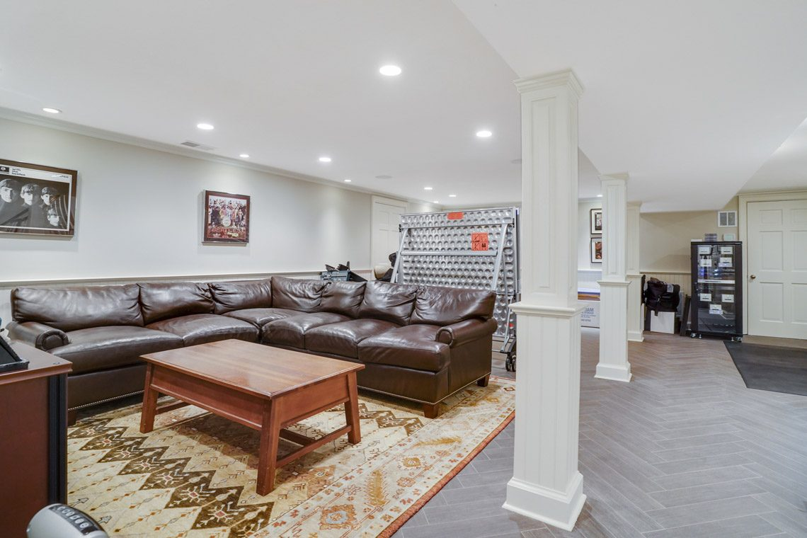19 – 164 Highland Avenue – Recreation Room