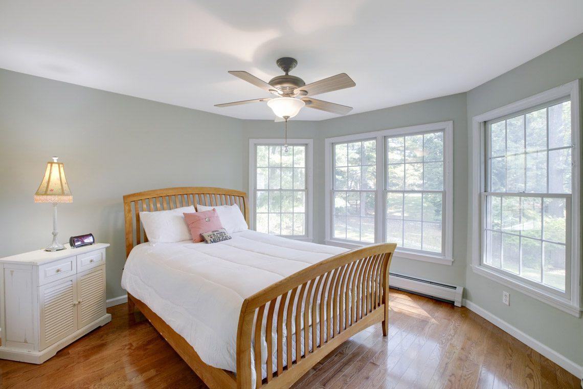 19 – 423 Hartshorn Drive – Bedroom