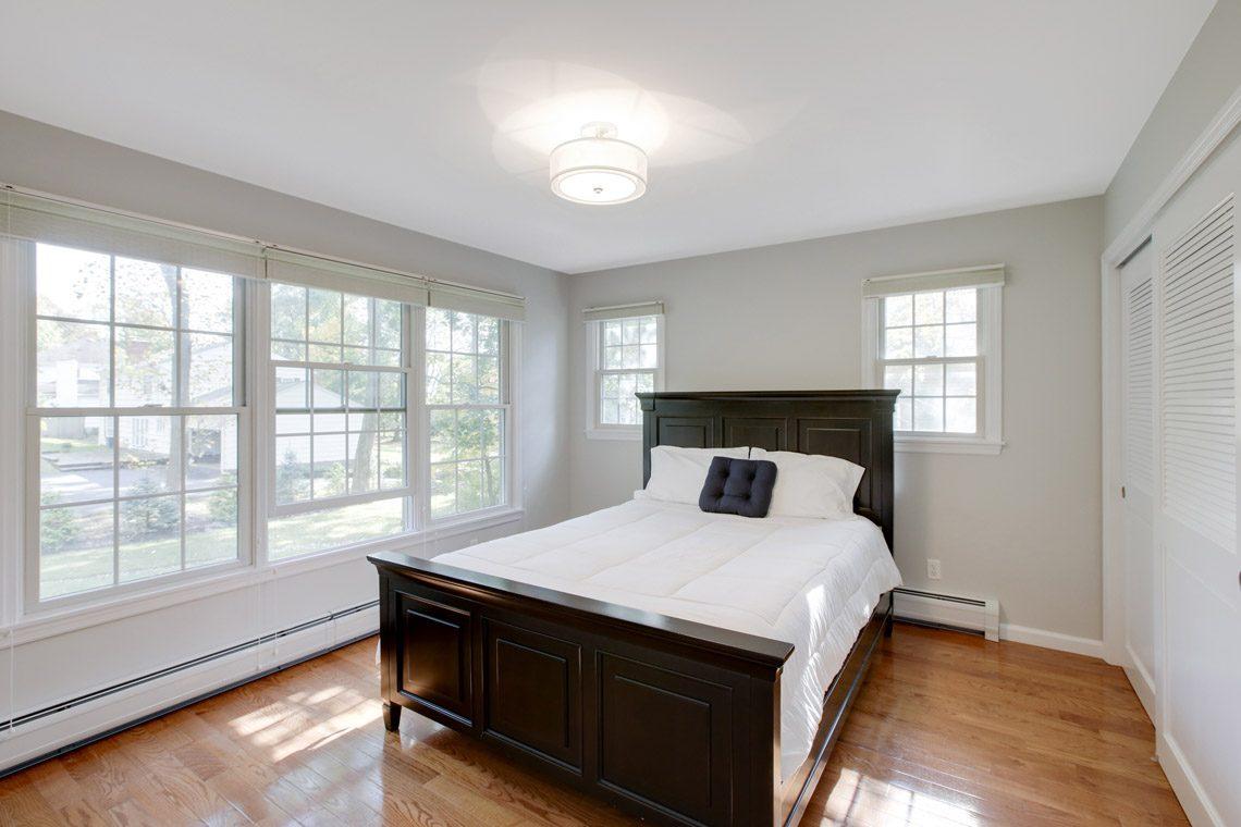 20 – 423 Hartshorn Drive – Bedroom