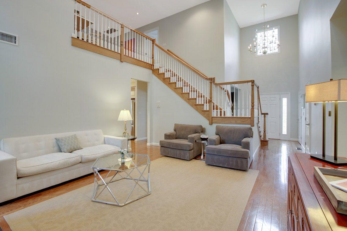 5 – 423 Hartshorn Drive – Great Room