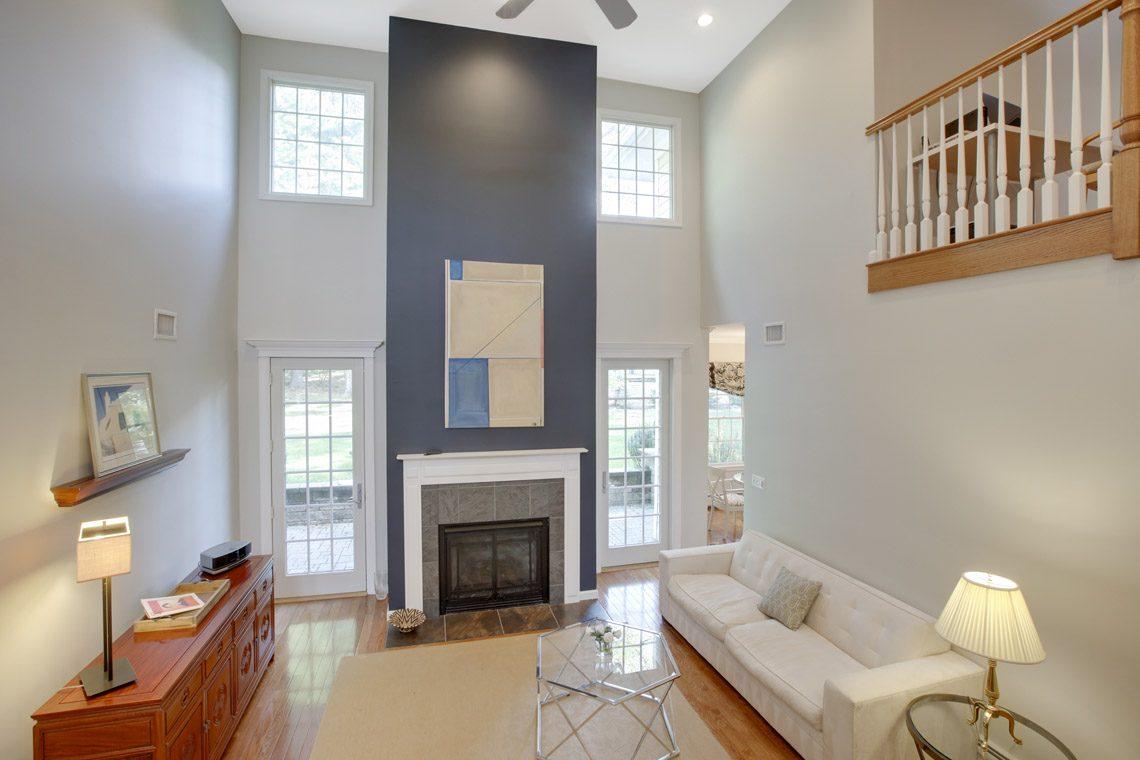 6 – 423 Hartshorn Drive – Great Room